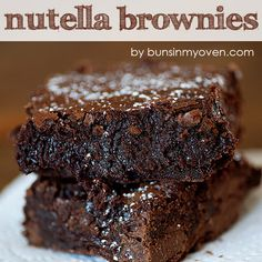 Nutella Brownies - the thickest fudgiest brownies ever! - - These decadent brownies are full of Nutella, cocoa, and milk chocolate for a super fudgy treat! These are, dare I say, even better than the box mix brownies we all love! Easy Nutella Brownies, Chocolate Brownies, Chocolate Chips, Nutella Cake, Box Brownies, Nutella Cookies, Blondie Brownies, Dessert Chocolate, Brownie Cookies