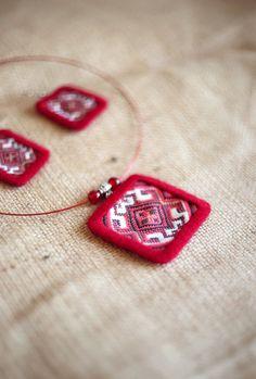Red jewelry Ethno Crochet jewelry Ukrainian Textile jewelry Slavic Ethnic jewelry set Choker boho necklace Folk earring Light weight jewelry
