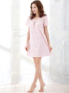 Bowknot Floral Lace Spliced V Neck Short Sleeve Sleepwear Nightdress Night Shirts http://www.amazon.com/Embroidery-Flower-V-Neck-Sleeve-Nightgown/dp/B01GE8XLHA/ref=sr_1_7?srs=8104465011&ie=UTF8&qid=1464747642&sr=8-7&keywords=women+lace+nightgown