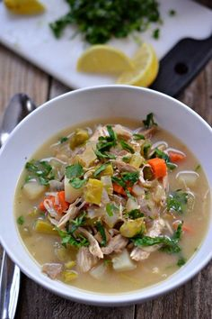 Slow Cooker Chicken Pot Pie Soup | mountainmamacooks.com