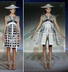 Hussein Chalayan - Summer 2007 - One hundred and eleven collection La robe se déploie par l'intermédiaire d'un produit scientifique. C'est une illusion du vivant.