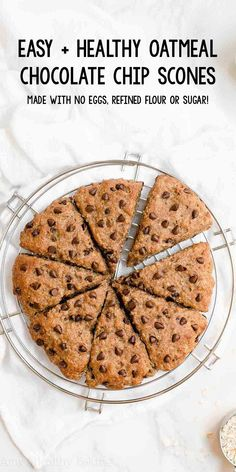 Healthy Oatmeal Chocolate Chip Scones ready in 30 minutes like eating oatmeal cookies for breakfast They re SO moist tender easy greek yogurt oatmeal scones healthy gluten free oatmeal scones best clean eating oatmeal chocolate chip scones recipe # Köstliche Desserts, Healthy Sweets, Healthy Breakfast Recipes, Healthy Baking, Healthy Oatmeal Breakfast, Healthy Oatmeal Recipes, Eating Healthy, Dessert Sans Gluten, Gluten Free Desserts