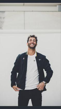 Daniel Ricciardo, Honey Badger, F1 Drivers, F 1, Formula One, Man Crush, Boyfriend Material, Pretty Boys, Beautiful Men
