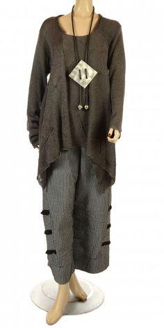 Amandine Grey Asymmetric Lagenlook Knit