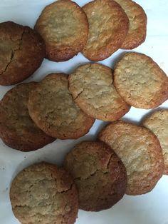 Μαλακά Μπισκότα Βρώμης !!! ~ ΜΑΓΕΙΡΙΚΗ ΚΑΙ ΣΥΝΤΑΓΕΣ 2 Banana Bread, Biscuits, Deserts, Muffin, Food And Drink, Vegan, Cooking, Breakfast, Recipes