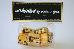 Free printable - little bus chocolate wrapper for Bus Driver Appreciation Day