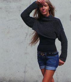 Grey chunky cropped sweater snug shrug by ileaiye on Etsy,