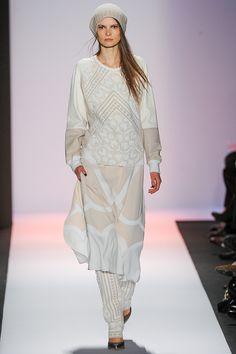BCBG Max Azria — Fall 2013 (NYFW / New York Fashion Week)