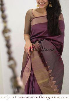 Ideas fashion casual classic classy for 2019 Simple Sarees, Trendy Sarees, Stylish Sarees, Fancy Sarees, Lehenga Designs Simple, Silk Sarees Online Shopping, Buy Sarees Online, Silk Saree Kanchipuram, Kanjivaram Sarees