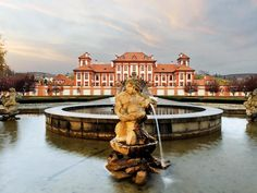 Troja Palace, Prague
