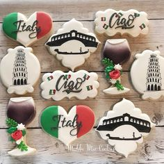 Italian Wedding Themes, Italian Themed Parties, Italian Party, Royal Icing Cookies, Cake Cookies, Sugar Cookies, Italian Pastries, Italian Desserts, Russian Party