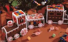 CHRISTMAS GINGERBREAD TRAIN**plastic canvas craft pattern