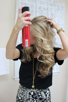 Big lose curls, my fav!