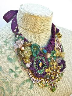 embroidered; cloth necklace