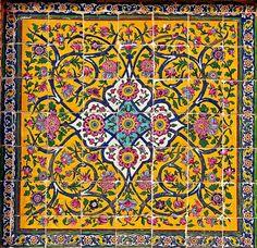 The World's Best Photos of shiraz and tiles Persian Pattern, Persian Motifs, Tile Art, Mosaic Art, Tile Patterns, Pattern Art, Pattern Design, Islamic Tiles, Paisley Art