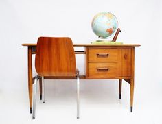 A vintage Lane Acclaim walnut desk.