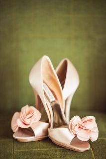 Navy and Pink Tennessee Wedding | GigMasters: the wedding blog