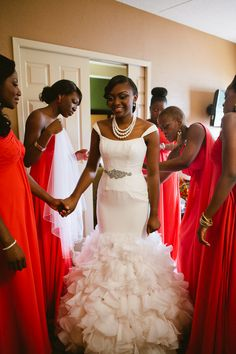Multicultural Canadian Wedding by Samantha Clarke Photography: Diane and Kwaku - Munaluchi Bridal Magazine