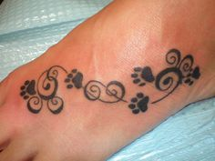 foot_swirls_and_paw_prints_by_mlcombs-d5bw6rb.jpg (2816×2112)