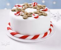 Gingerbread man party cake