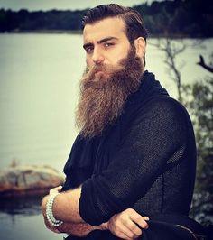 @seytan_sapalaq #instabeard #beards #beardoftheday #beardgang #beardstyle…