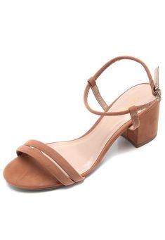 Sandália DAFITI SHOES Tiras Caramelo - Marca DAFITI SHOES Fashion Shoes, Fashion Accessories, Indian Shoes, Prom Heels, Trendy Shoes, Beautiful Shoes, Designer Shoes, Shoes Sandals, Slippers