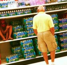 48 Ideas Funny People Of Walmart Laughing Funny Walmart People, Funny Photos Of People, Best Funny Photos, Funny Pictures, Walmart Shoppers, Bad Photos, Super Funny Quotes, Funny Mom Quotes, Funny Puns