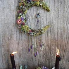 Wedding Door Wreaths, Wedding Doors, Diy Wedding Decorations, Decor Wedding, Diy Wreath, Wreath Ideas, Dream Catcher Art, Celestial Wedding, Diy Shops