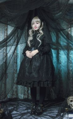 Gothic Lolita Fashion, Lolita Style, Made In Japan, All Things Cute, Japanese Street Fashion, Pretty Dolls, Harajuku Fashion, Lolita Dress, Gothic Beauty