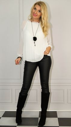 Photo Sessions, Patent Leather, Leather Pants, Women, Fashion, Tunic, Womens Fashion, Leather Jogger Pants, Moda