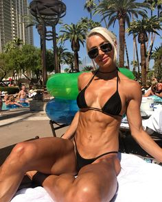 """8,479 Likes, 188 Comments - Lauren Simpson WBFF PRO (@laurensimpson) on Instagram: """"Loving that Vegas heat - Join my boss babe team! Register your interest in my new online…"""""""