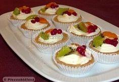 Ovocné košíčky II. Cake Pops, Parmesan, Mini Cupcakes, Cheesecake, Sweets, Cooking, Desserts, Food, Marimo Cafe