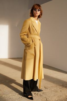 Sportmax Pre-Fall 2020 Fashion Show Collection: See the complete Sportmax Pre-Fall 2020 collection. Look 5 2020 Fashion Trends, Fashion 2020, Trendy Fashion, Fashion Brands, Fashion Weeks, Milan Fashion, Ladies Fashion, Cos Dresses, Casual Dresses