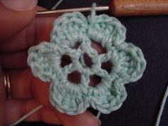 Tuto crochet # 4 : la fleur - Ma boîte à trésors