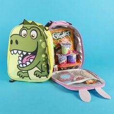 Keep your kids' healthy snacks and lunches safe in this cute dinosaur backpack!  Shop our range of dinosaur accessories at fringoo.co.uk Dinosaur Gifts, Cute Dinosaur, Healthy Snacks For Kids, Dinosaurs, Lunches, Gifts For Kids, Lunch Box, Goodies, Presents