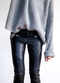 #winter #outfits /  Grey Oversized Knit // Leather Leggings