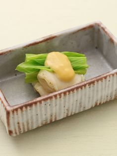 Japanese Appetizer Dish (Scallops, Urui Mountain Vegetable, Sweet and Sour Miso Souce)|ホタテとうるいの芥子酢味噌和え