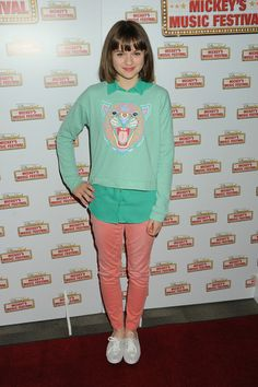 Joey King Clothes