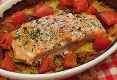 Lazacos burgonya gratin kapros tejszínnel Turkey, Chicken, Meat, Food, Gratin, Salmon, Food Food, Cooking, Turkey Country