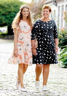 Woven viscose coral with flowers - Stoff & Stil - DIY summer dresses! Sewing Patterns, Curvy, Summer Dresses, Fabric, Women, Fashion, Vestidos, Corona, Woman Dresses
