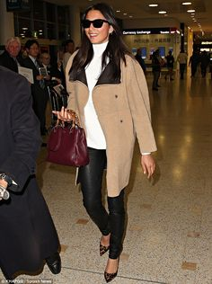 Jessica Gomes - In Sydney.  (July 2014)