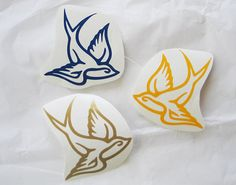 Hey, I found this really awesome Etsy listing at https://www.etsy.com/listing/181587776/swallow-bird-decal-sticker-helmet-roller