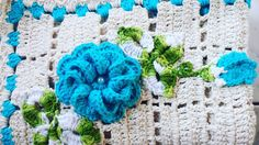 São esses #detalhes que me #encantam  . . . #flowerblue #flowerhandmade #knittersofinstagram #knitdesign #kinitting #happyhooker #yarnporn #crocheter #artesanato #handicraft #feitoamao #decorhome #love #color #colorblue #decorhouse #handmade #crochetlover #crochetaddict #crochetting #instacrochet #crochetersofinstagram #boamadrugada #goodnight #flowercrochet by fernandadimassimo