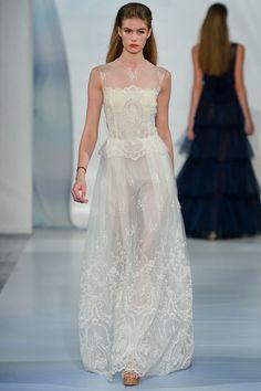 Super delicado esse vestido Luisa Beccaria