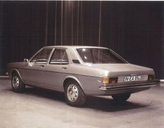 OG | 1976 Audi 100 C2 | Early full-size design proposal. This right side is 4-door model.