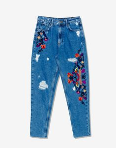 Mom fit floral embroidered jeans - Mom fit - Jeans - Clothing - Woman - PULL&BEAR United Kingdom