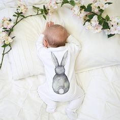 49 Ideas Baby Outfits Unisex Products For 2019 Baby Outfits Newborn, Baby Boy Newborn, Baby Boy Outfits, Baby Baby, Baby Girl Nursery Themes, Bunny Nursery, Bunny Room, Trendy Baby Clothes, Unisex Baby Clothes