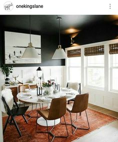 Emily Henderson dining room - dark walls, holiday decoration but modern Home Living, Living Room, Small Living, Living Spaces, Home Interior, Interior Design, Sweet Home, Dark Walls, Black Painted Walls
