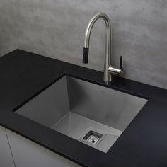 "Kraus KHU23 Pax Zero-Radius 22 1/2"" 16 Gauge Handmade Undermount Single Bowl Stainless Steel Kitchen Sink - - Amazon.com"
