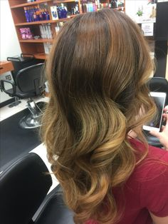 Fall hair balayage Fall Hair, Balayage Hair, Stylists, Long Hair Styles, Beauty, Hair Falling Out, Beleza, Long Hair Hairdos, Fall Hairstyles